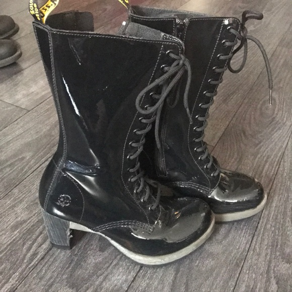 Details about WINTER BOOTS~VINTAGE DR MARTENS AALIYAH~BLACK LEATHER WEDGE TALL BOOTS SIZE 8